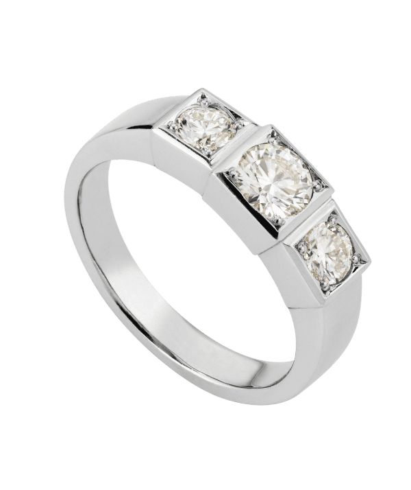Box Grain Three Stone Diamond Ring